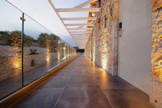 Aliv Stone Suites & Spa