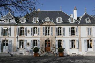 Hôtel Résidence Parc des Eaux Vives