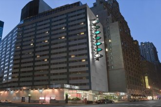 Отель DoubleTree by Hilton Metropolitan - New York City