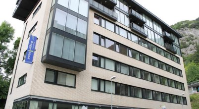 Stoltzen Hotel & Apartments