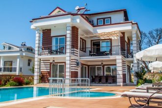 Villa Sparrow by Turkish Lettings