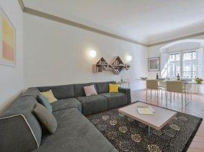 Artemisia Halldis Apartment