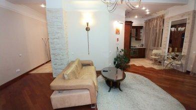 One Bedroom Lux 25 Khreshchatyk str Concierge