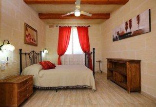 Villa Savona 3 Bedroom Villa