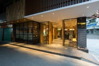 V8 Ziyuangang Hotel