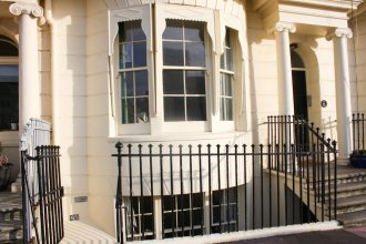 2 Bedroom Property in the Heart of Brighton