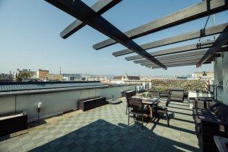 Budapest Easy Flat - Penthouse Basilica