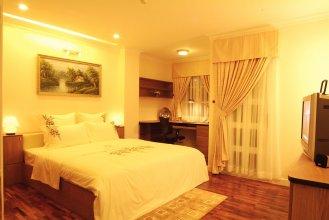 Golden Globe Apartment
