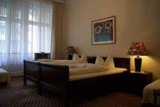 hotel - pension majesty