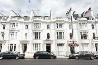 Traditional Exquisite 1BR near Hyde Park