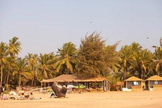Madhu Beach Huts