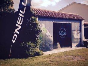 La Curva Surfhouse