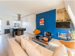 Striking 2 Bed With Roof Terrace, a Short Walk From Oxford Street