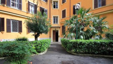 Parioli apartments-Villa Borghese area