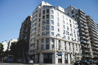 Ker Urquiza Hotel and Suites