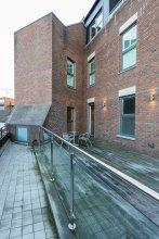 Roomspace Apartments -The Quadrant