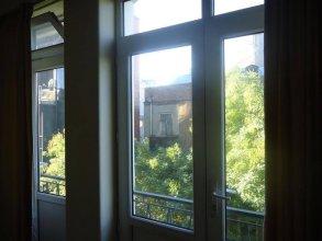 Verahause Apartment in Tbilisi
