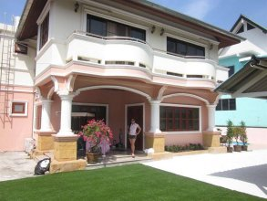 Bella Tropicana Hotel and Guesthouse