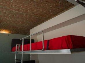 Elegant And Modern Loft In Medieval Bologna