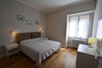 Fortezza white apartment
