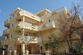 Apartments Villa Maslovar