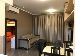 Улучшенные апартаменты Fenix на Парусной 21-603