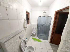 House With 2 Bedrooms in Berat, With Wifi