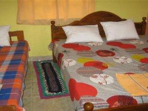 Aurora - Negombo Budget Hostel
