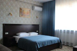 Отель «Карап»