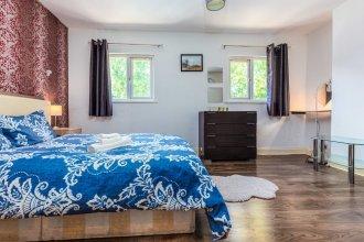 Bazely Street Deluxe Double Room 3
