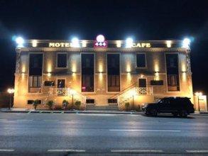 Motel 444