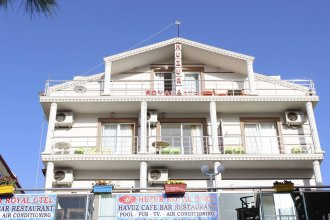 Huzur Royal Hotel