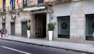 Отель Catalonia Puerta del Sol