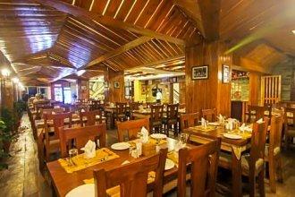 Kuti Resort & Spa