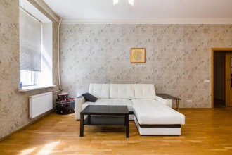 Apartamenti na Zverinskoy 42