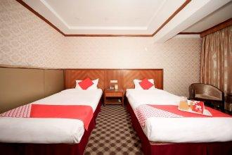 OYO 8027 Li Hu Business Hotel