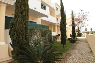 Apartment With 2 Bedrooms in Albufeira, With Pool Access, Enclosed Gar