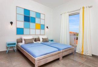 Mirsini Studios & Apartments