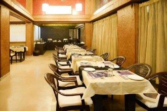 OYO 9898 Nitya Resort