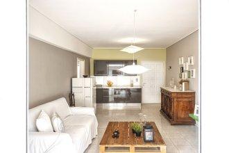 Central Halandri apartment by VillaRentalsgr