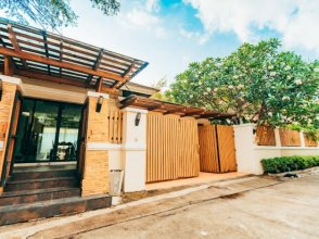 6 Bedroom Pool Holiday Villa Pattaya downtown