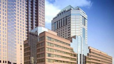 DoubleTree Suites by Hilton Columbus Downtown
