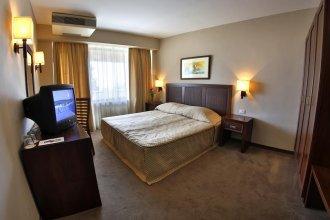 Hotel Lotos - Riviera Holiday Resort