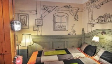 Lavender Circus Hostel And Apartments