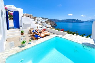 Chelidonia Luxury Suites - Adults Only