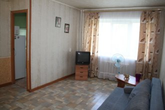 Apartment on Chelyuskintsev 29