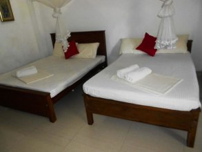 Yoho Shanith Guest House