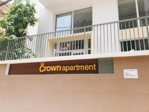 Crown Apartment