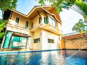 Hi Pantai 42 Resort Villa