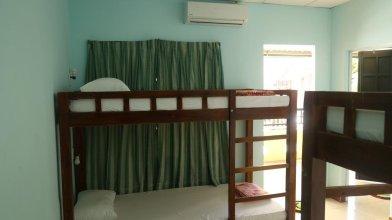 FA Backpackers Hostel